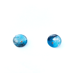 small stud Resin Blue