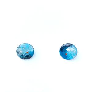 small stud Resin Blue