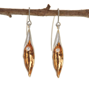 Pea Pod Medium drop Gold Plate Earring
