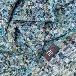 Rumba Turquoise Detail
